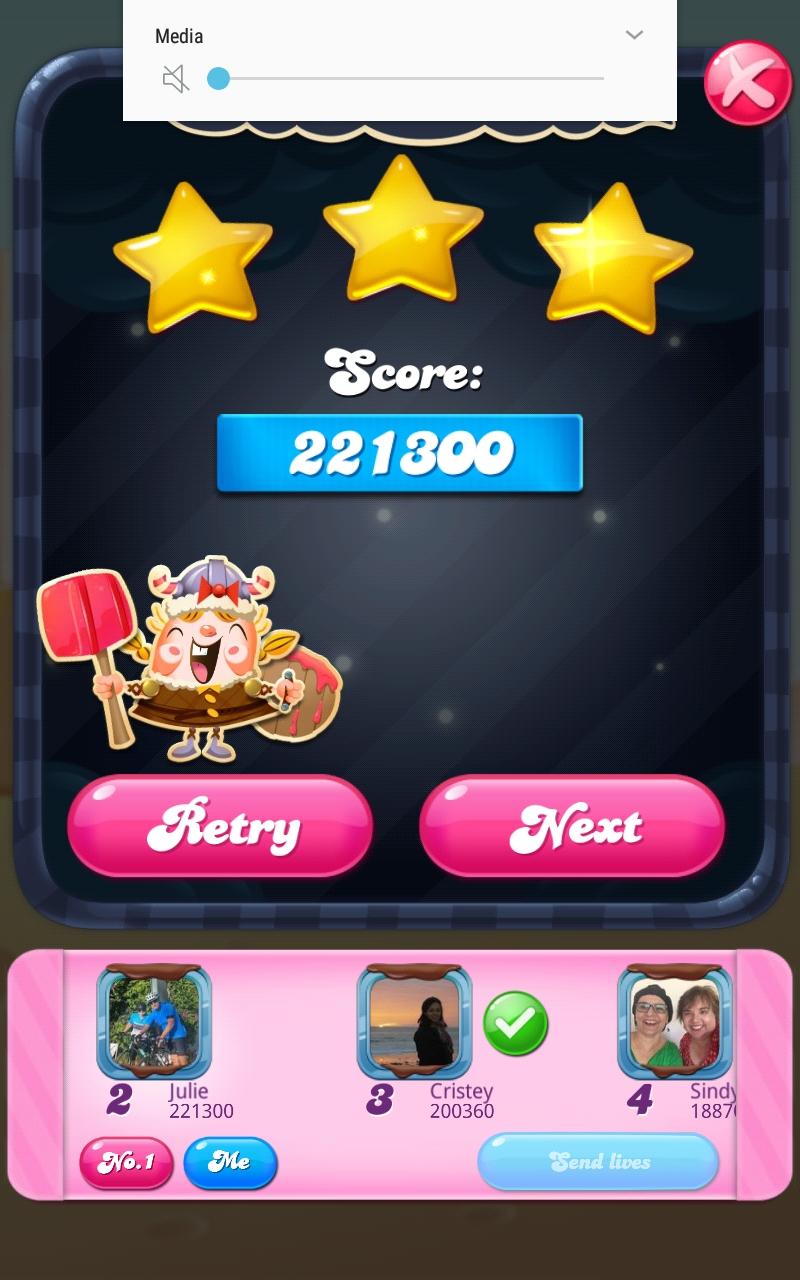 Screenshot_20210401-101204_Candy Crush Saga.jpg