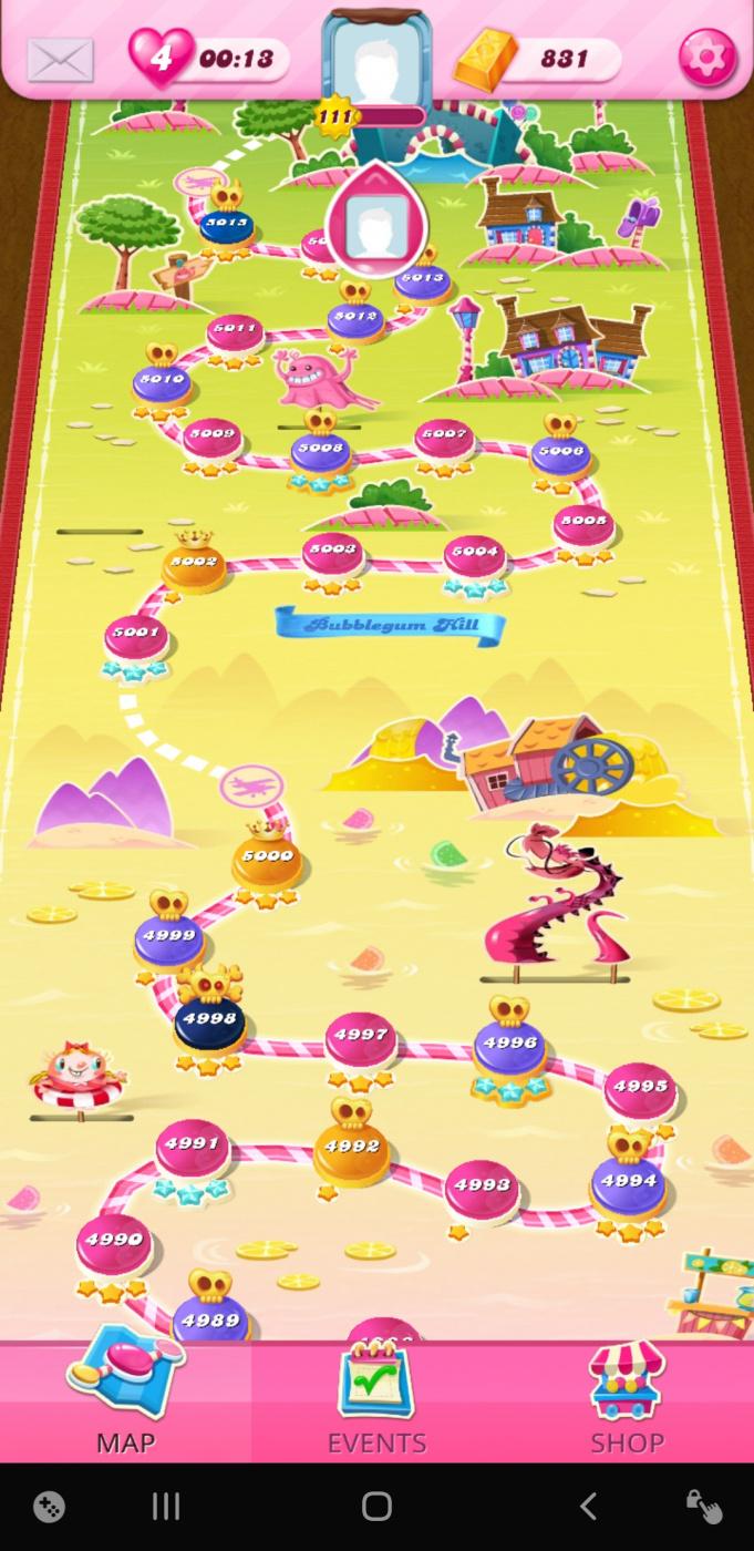 Screenshot_20201102-201249_Candy Crush Saga.jpg