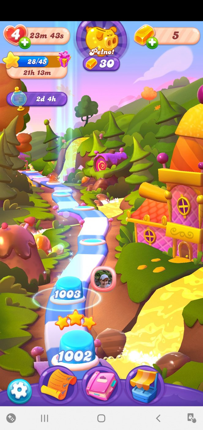 Screenshot_20200815-134709_Candy Crush Friends.jpg
