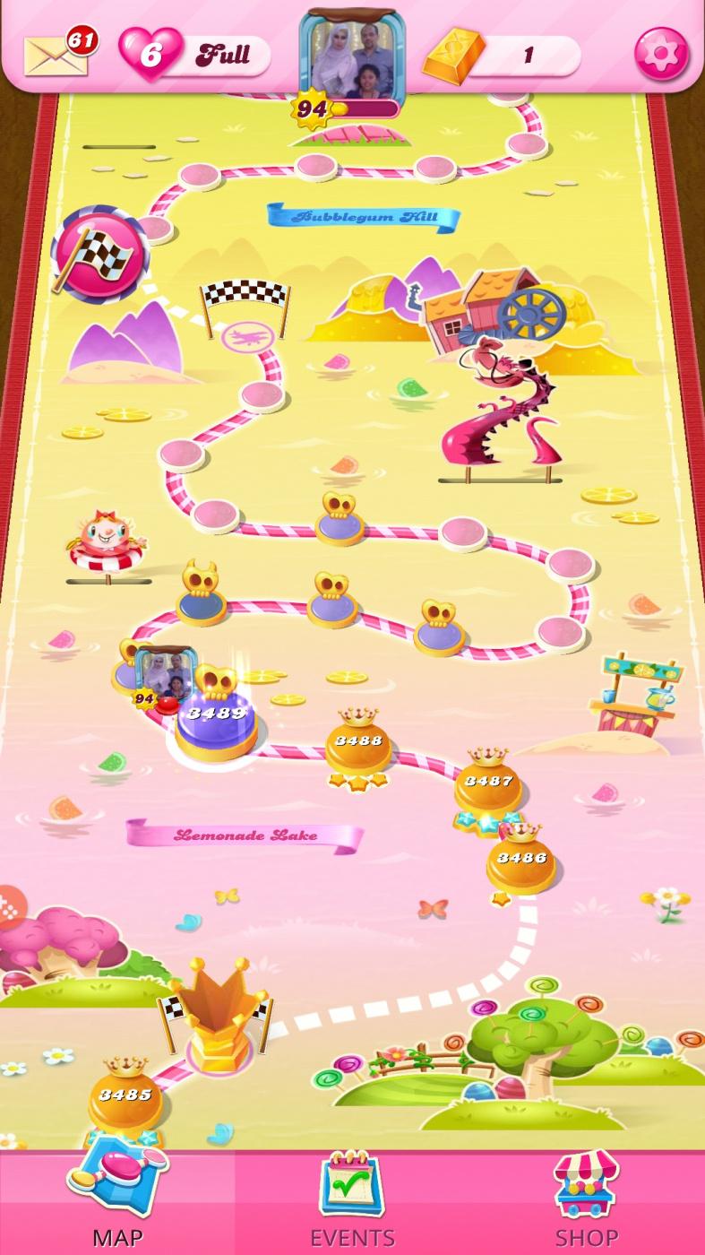 Screenshot_20201125-040304_Candy Crush Saga.jpg