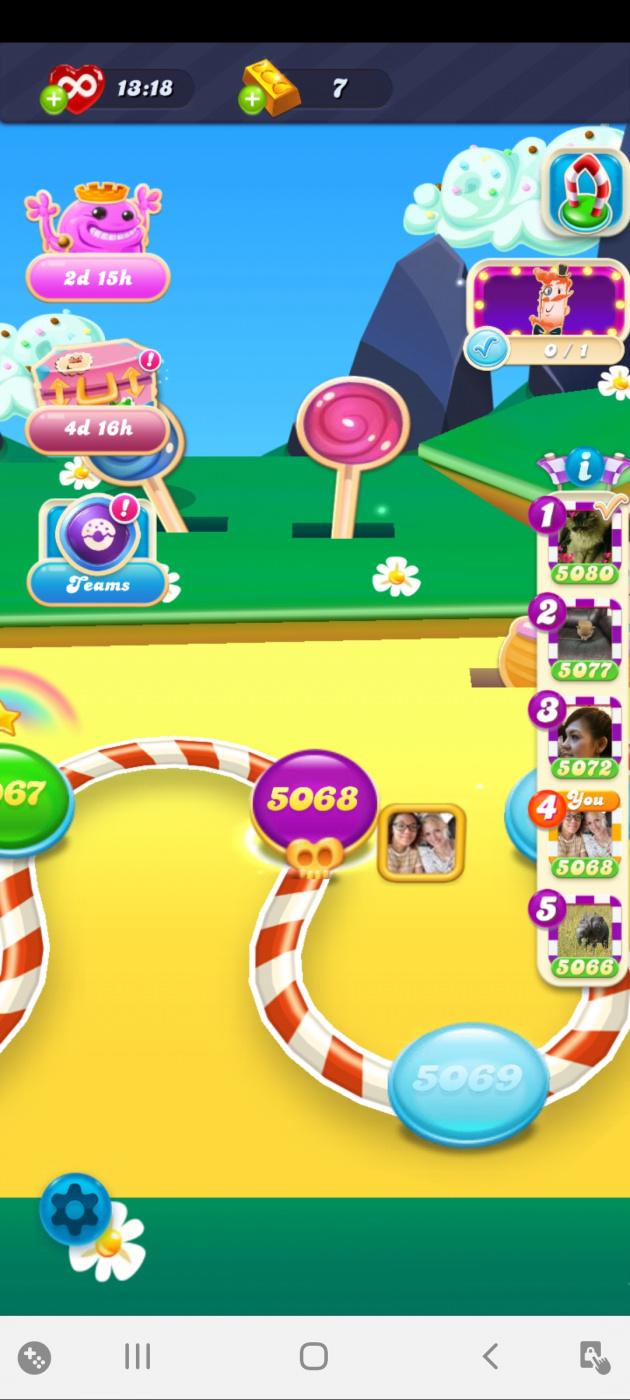 Screenshot_20200703-091133_Candy Crush Soda.jpg