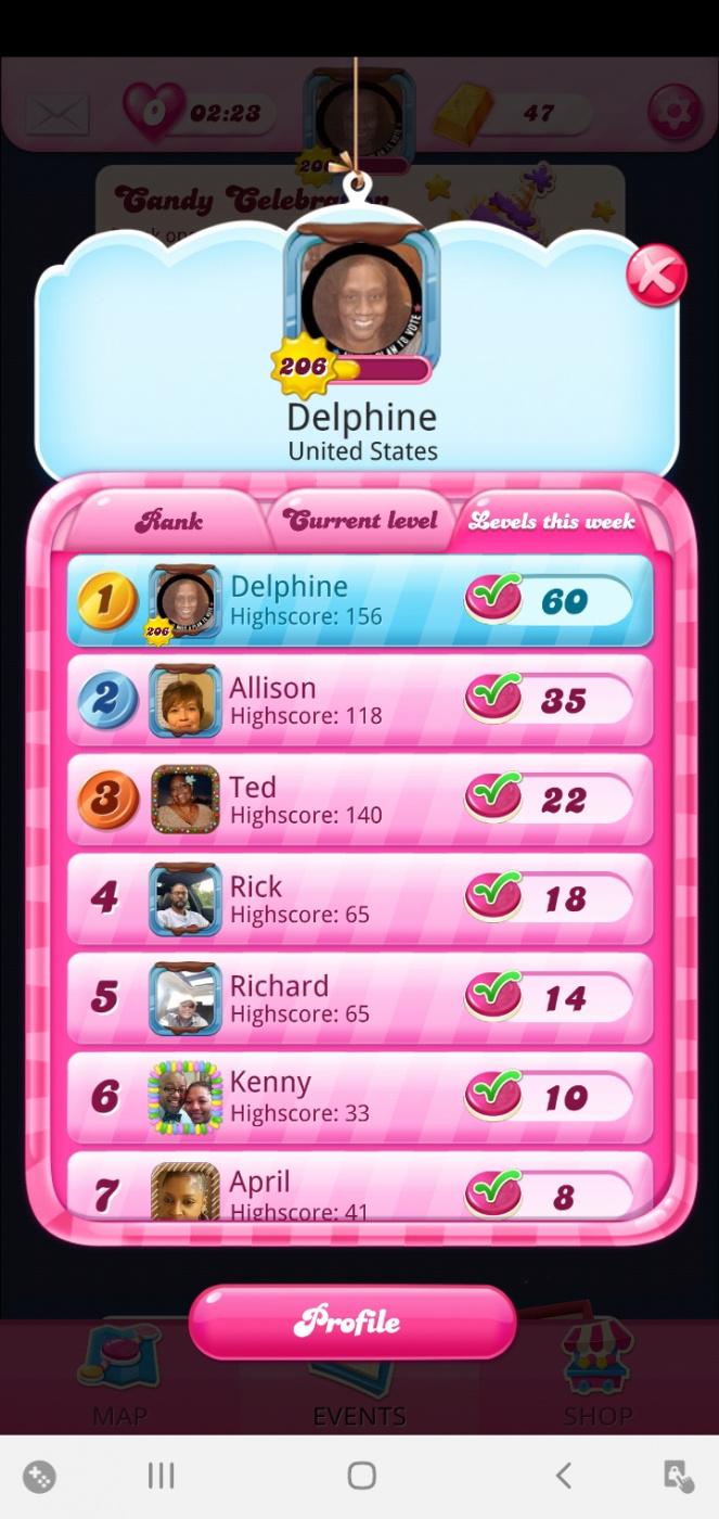 Screenshot_20201121-203210_Candy Crush Saga.jpg