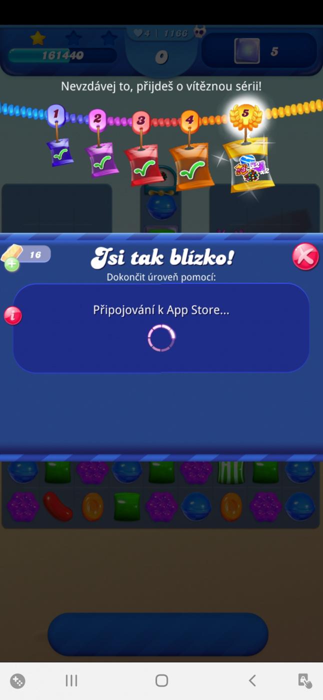 Screenshot_20210328-103324_Candy Crush Saga.jpg