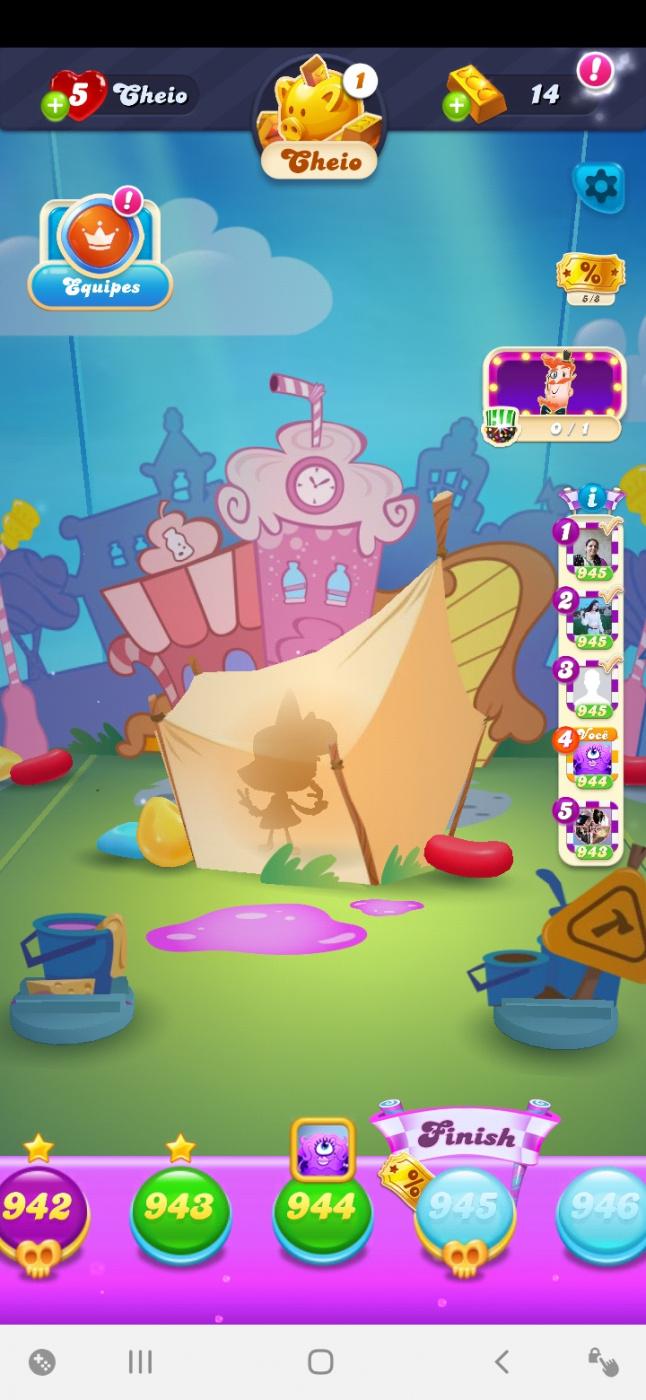 Screenshot_20201019-125842_Candy Crush Soda.jpg