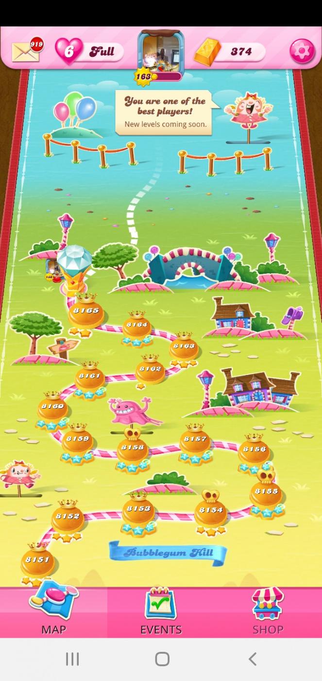 Screenshot_20201113-153937_Candy Crush Saga.jpg
