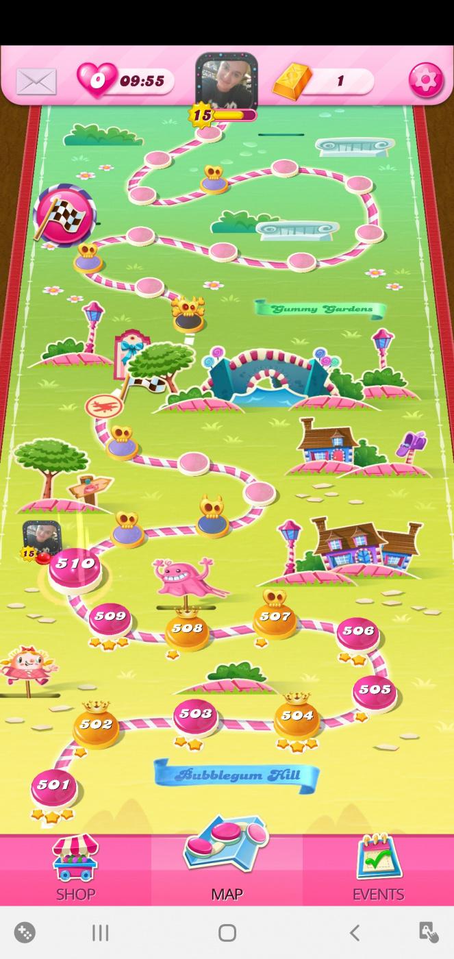Screenshot_20200721-053141_Candy Crush Saga.jpg