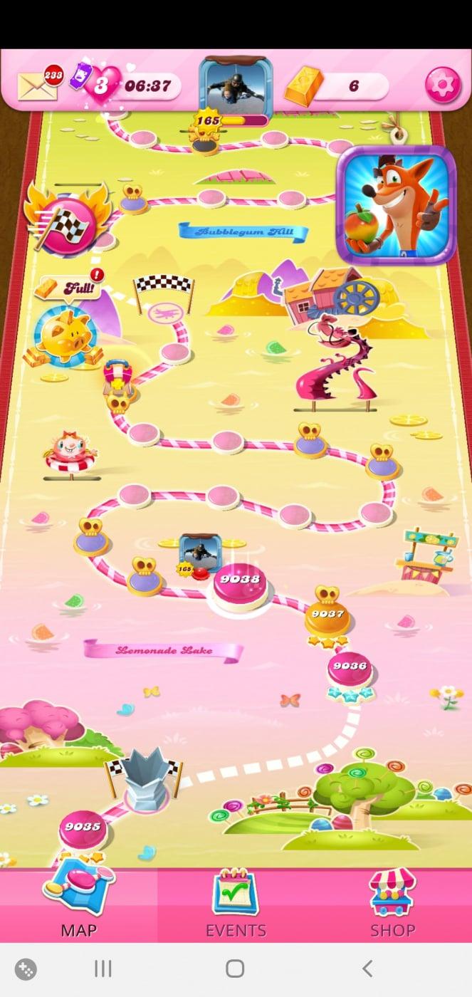 Screenshot_20210408-230328_Candy Crush Saga.jpg
