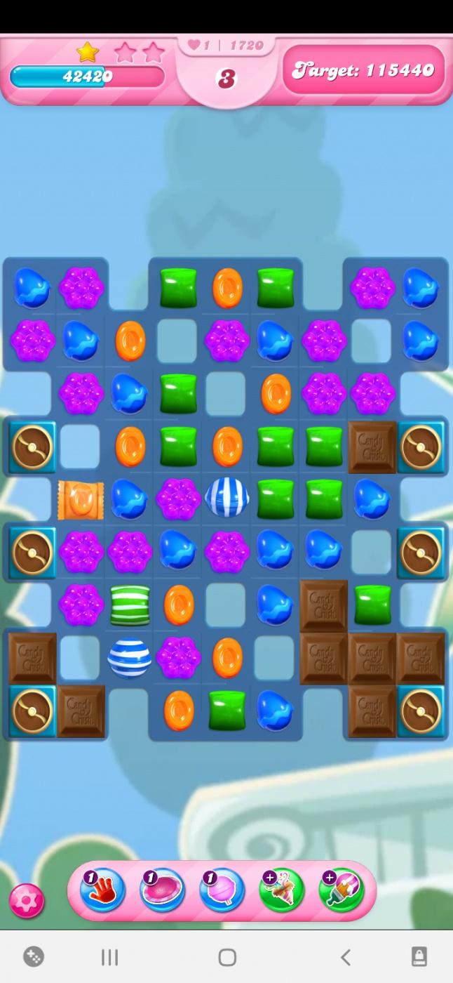 Screenshot_20210414-104403_Candy Crush Saga.jpg