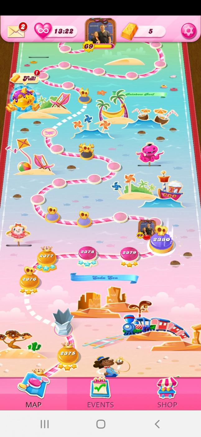 Screenshot_20210227-205614_Candy Crush Saga.jpg