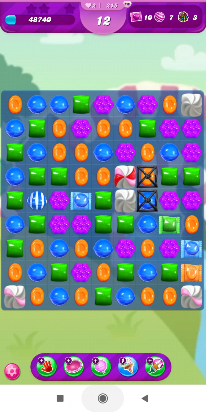 Screenshot_2021-05-25-22-32-18-293_com.king.candycrushsaga.jpg