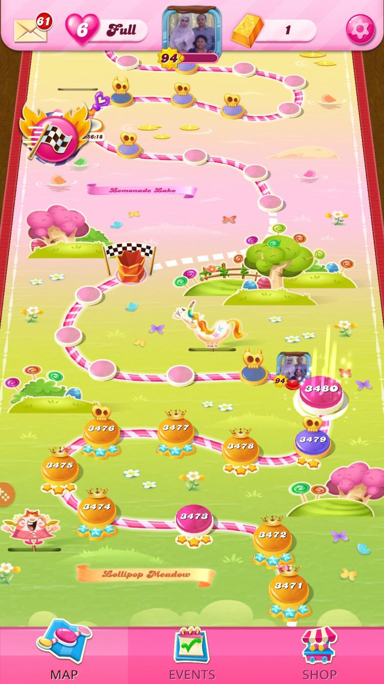 Screenshot_20201122-021118_Candy Crush Saga.jpg