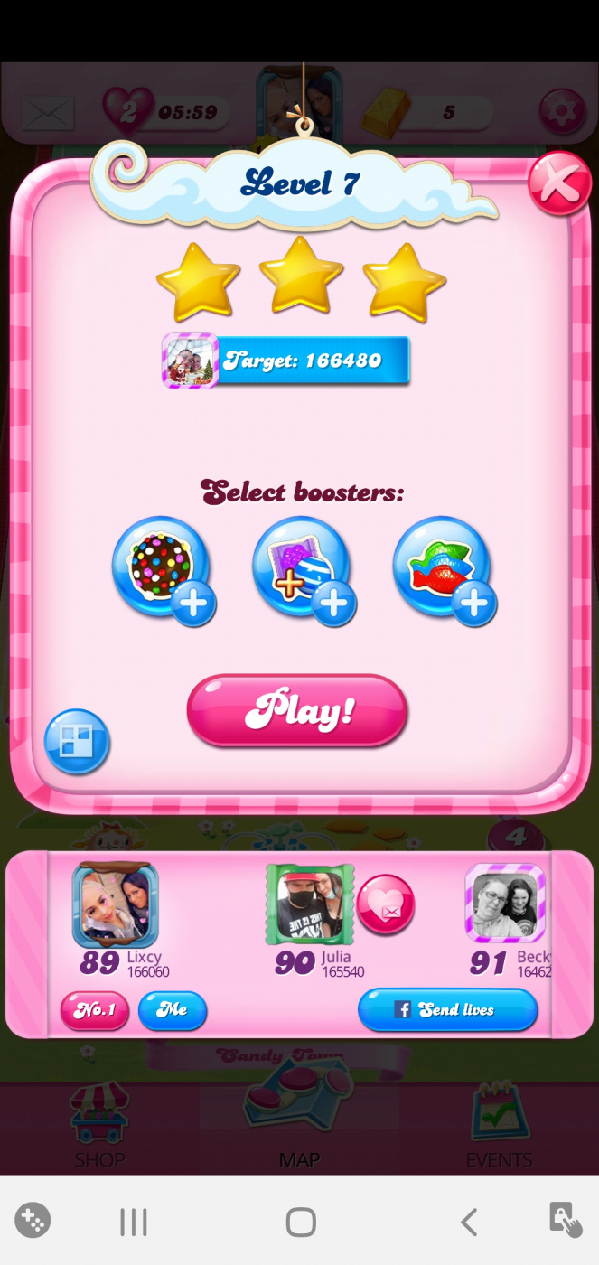 Screenshot_20200526-213009_Candy Crush Saga.jpg