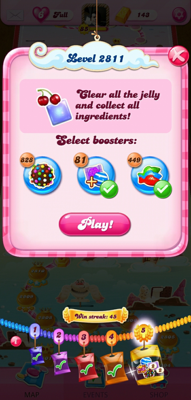 Screenshot_20210622-005429_Candy Crush Saga.jpg