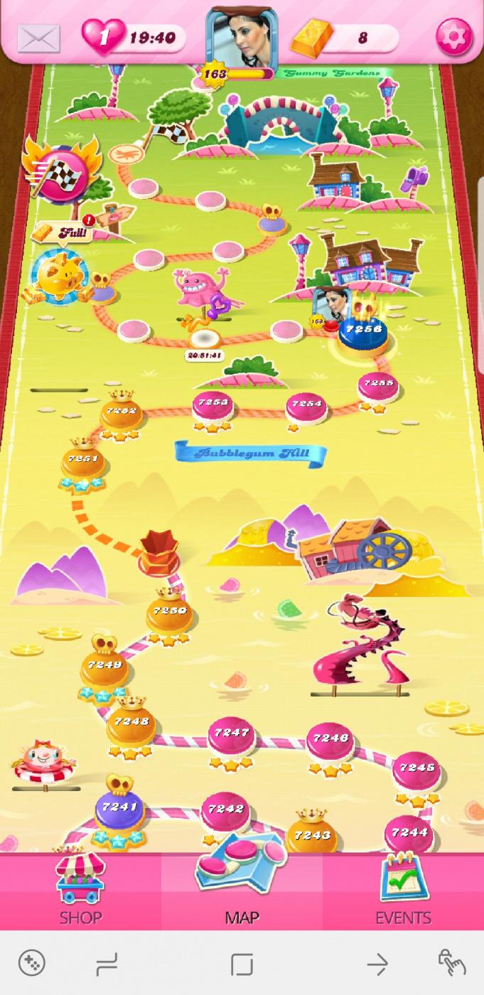 Screenshot_20200702-175020_Candy Crush Saga.jpg