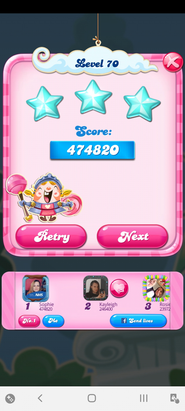 Screenshot_20200527-020625_Candy Crush Saga.jpg