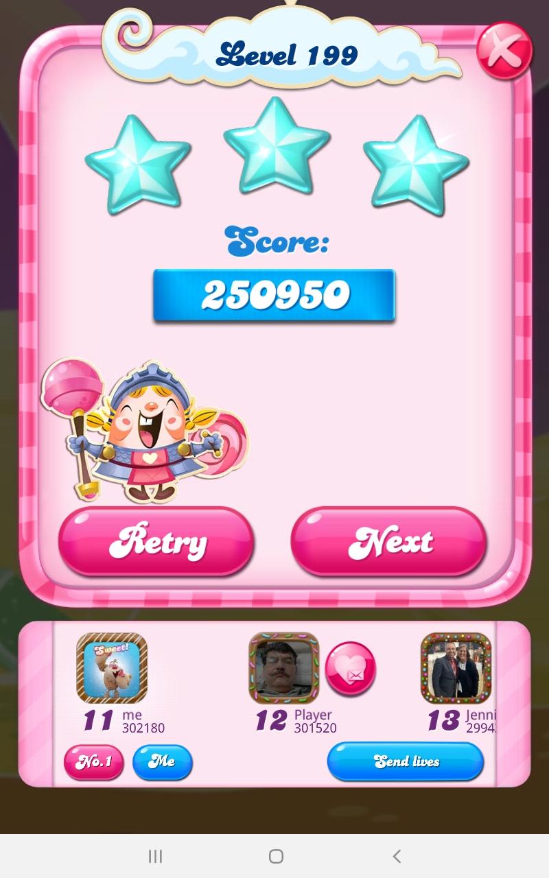 Screenshot_20210505-101423_Candy Crush Saga.jpg