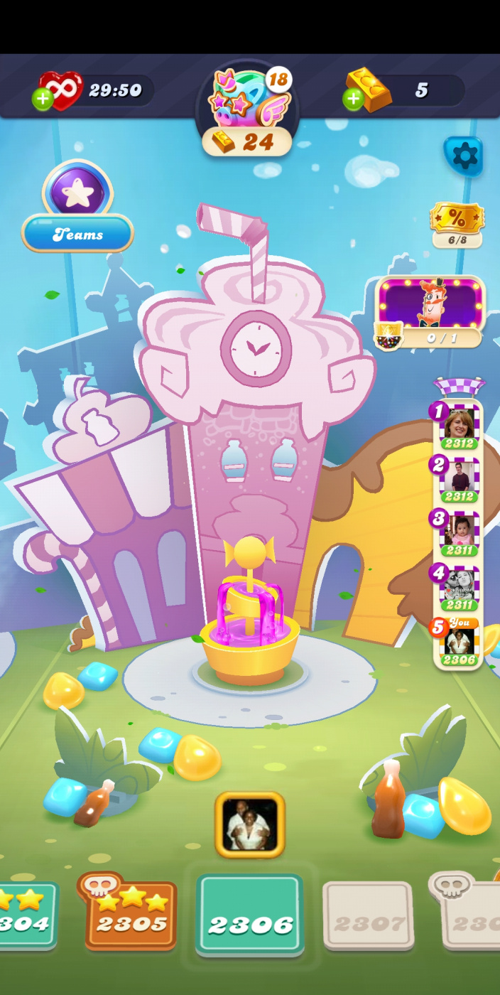 Screenshot_20210612-012231_Candy Crush Soda.jpg