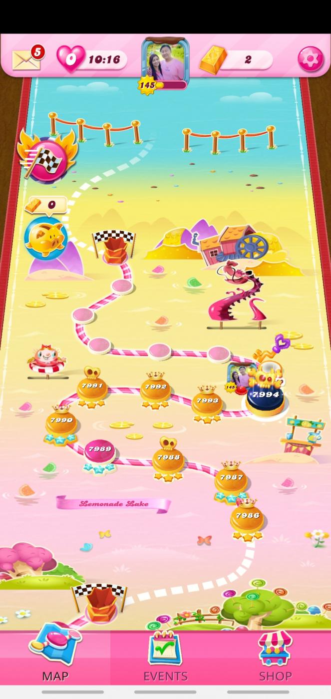 Screenshot_20201023-171402_Candy Crush Saga.jpg