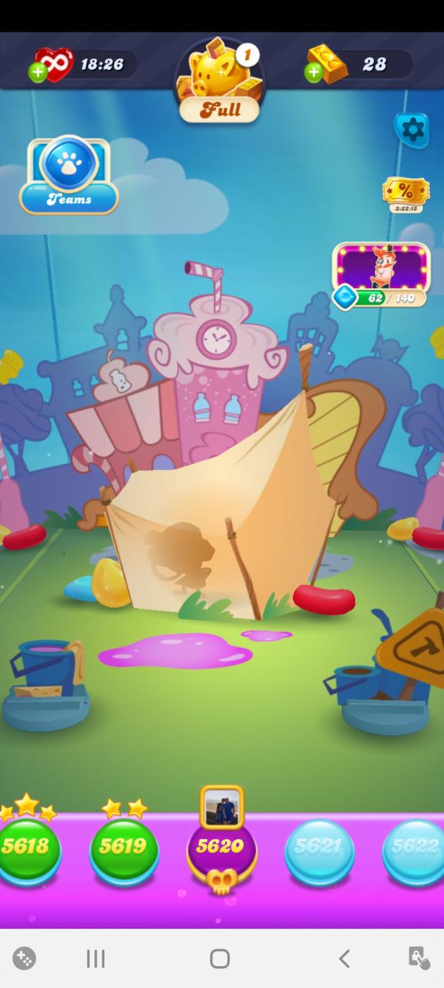 Screenshot_20201019-142838_Candy Crush Soda.jpg
