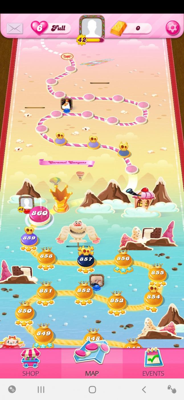 Screenshot_20200602-094651_Candy Crush Saga.jpg