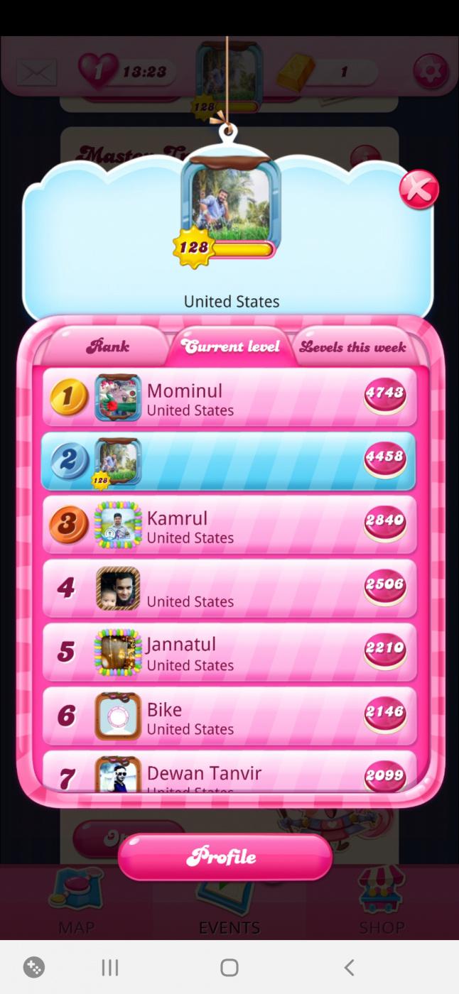 Screenshot_20201117-081631_Candy Crush Saga.jpg
