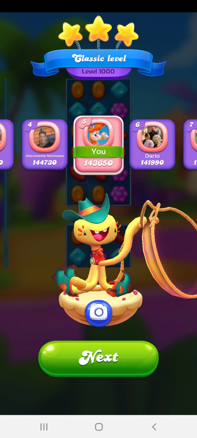 Screenshot_20210823-230312_Candy Crush Friends.jpg