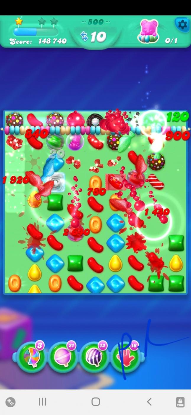 Screenshot_20210719-123934_Candy Crush Soda.jpg