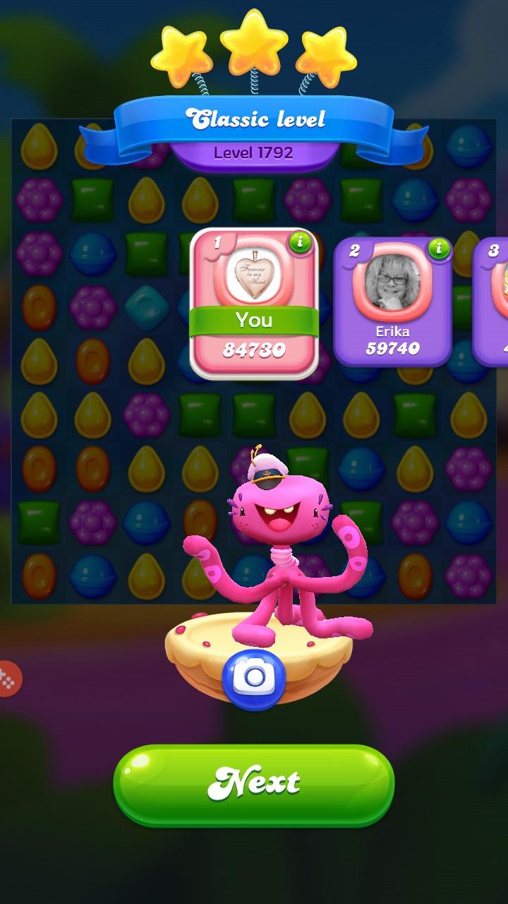 Screenshot_20200918-215457_Candy Crush Friends.jpg