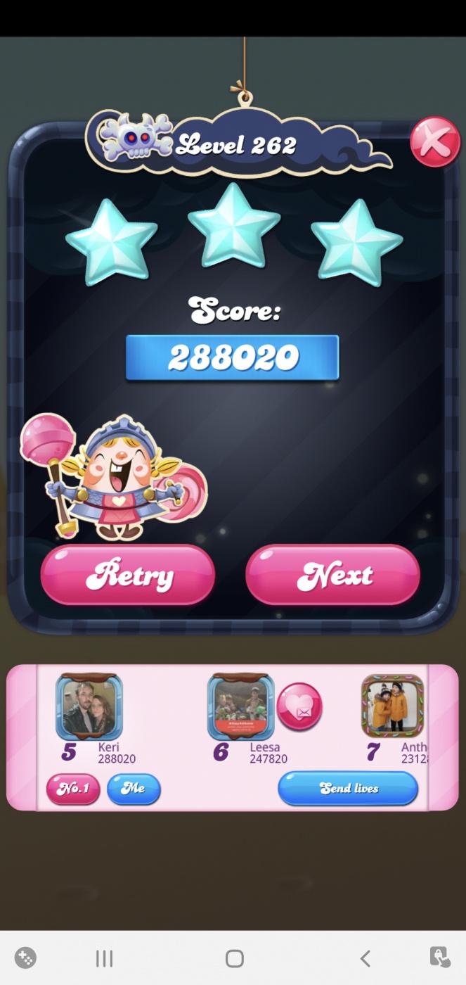 Screenshot_20210331-211646_Candy Crush Saga.jpg