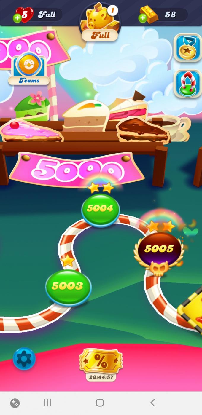 Screenshot_20200613-171157_Candy Crush Soda.jpg