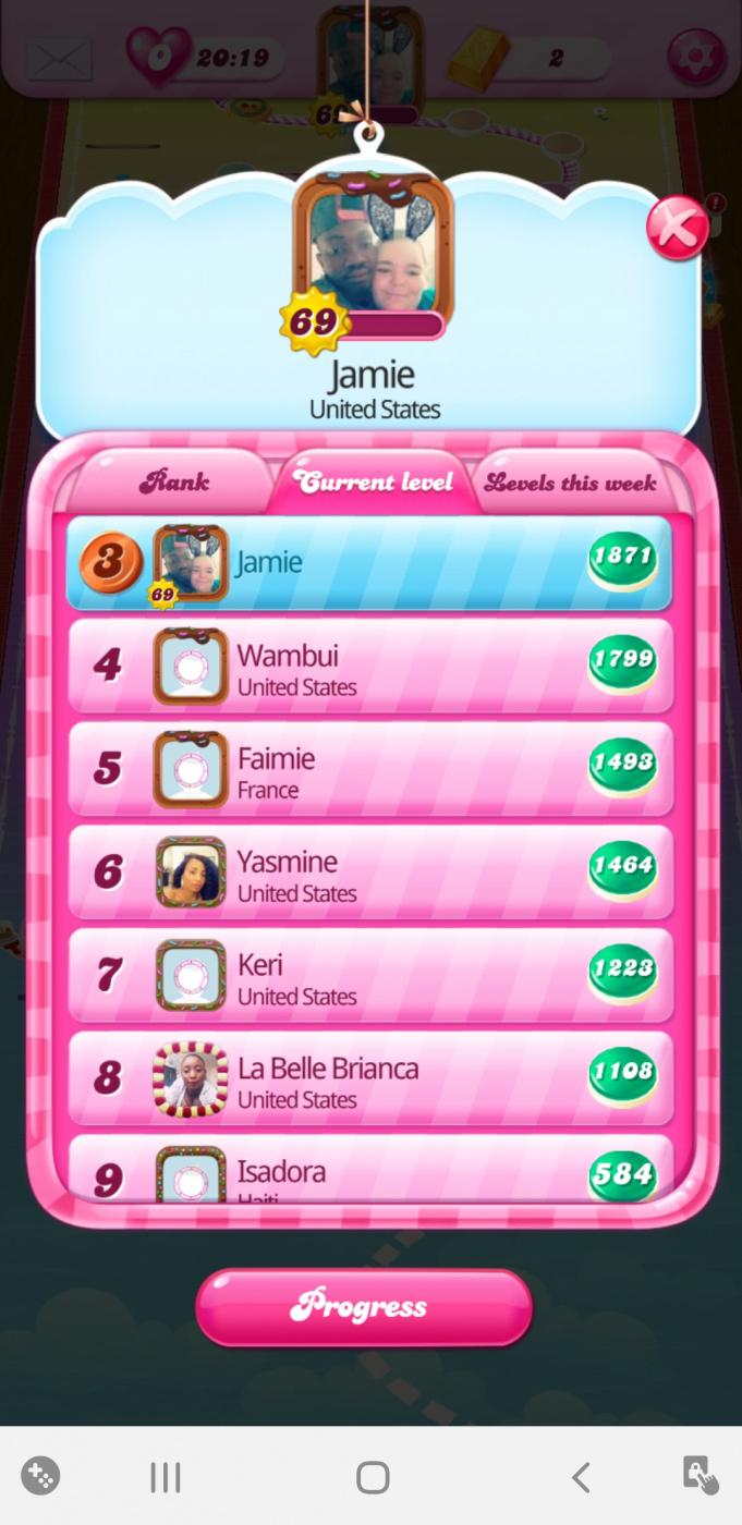 Screenshot_20200531-153925_Candy Crush Saga.jpg