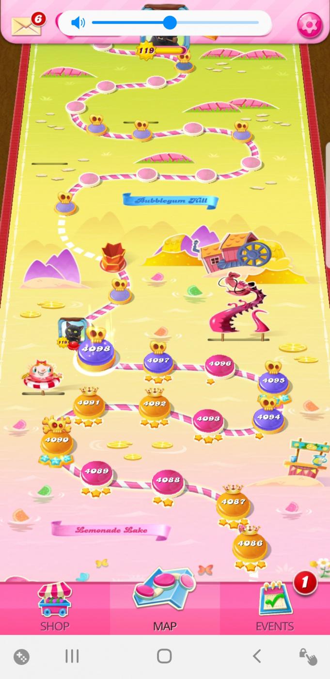 Screenshot_20200920-105707_Candy Crush Saga.jpg