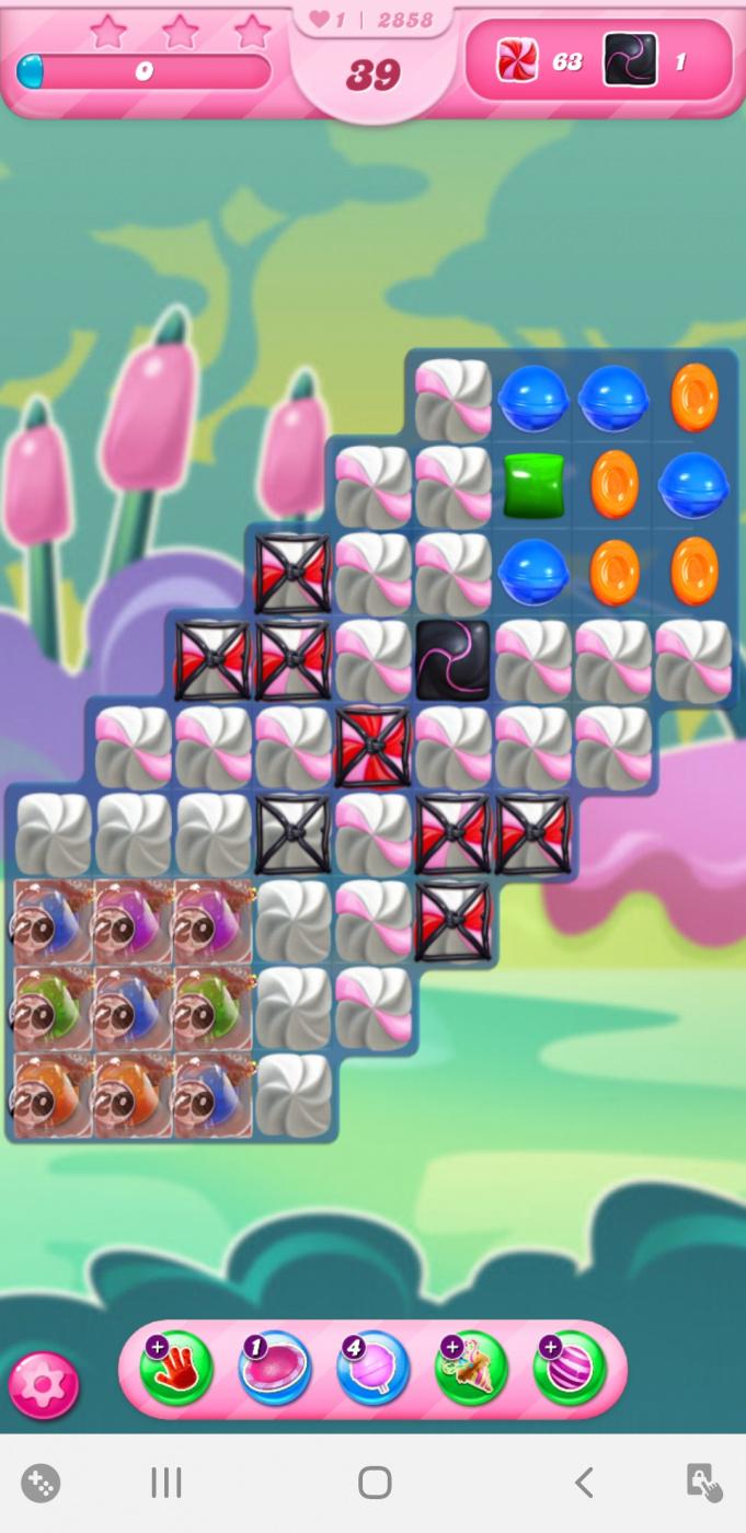 Screenshot_20210120-233131_Candy Crush Saga.jpg