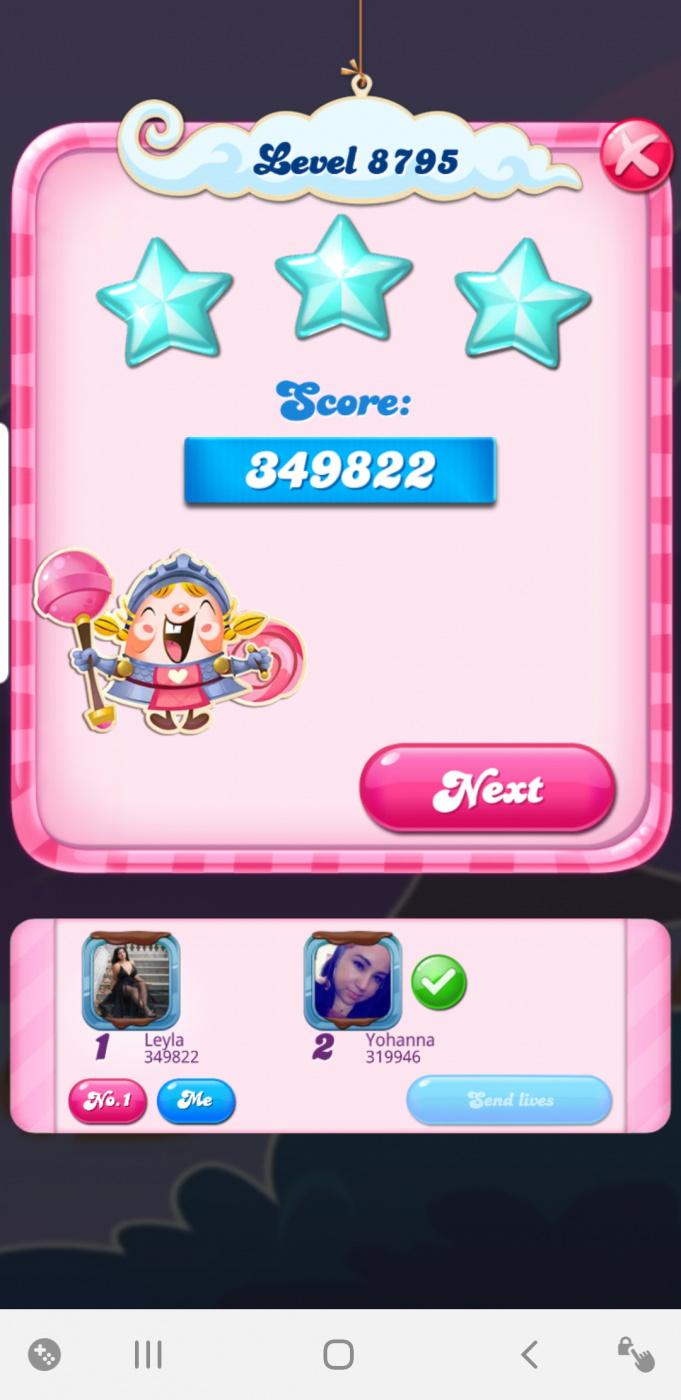 Screenshot_20210426-220721_Candy Crush Saga.jpg