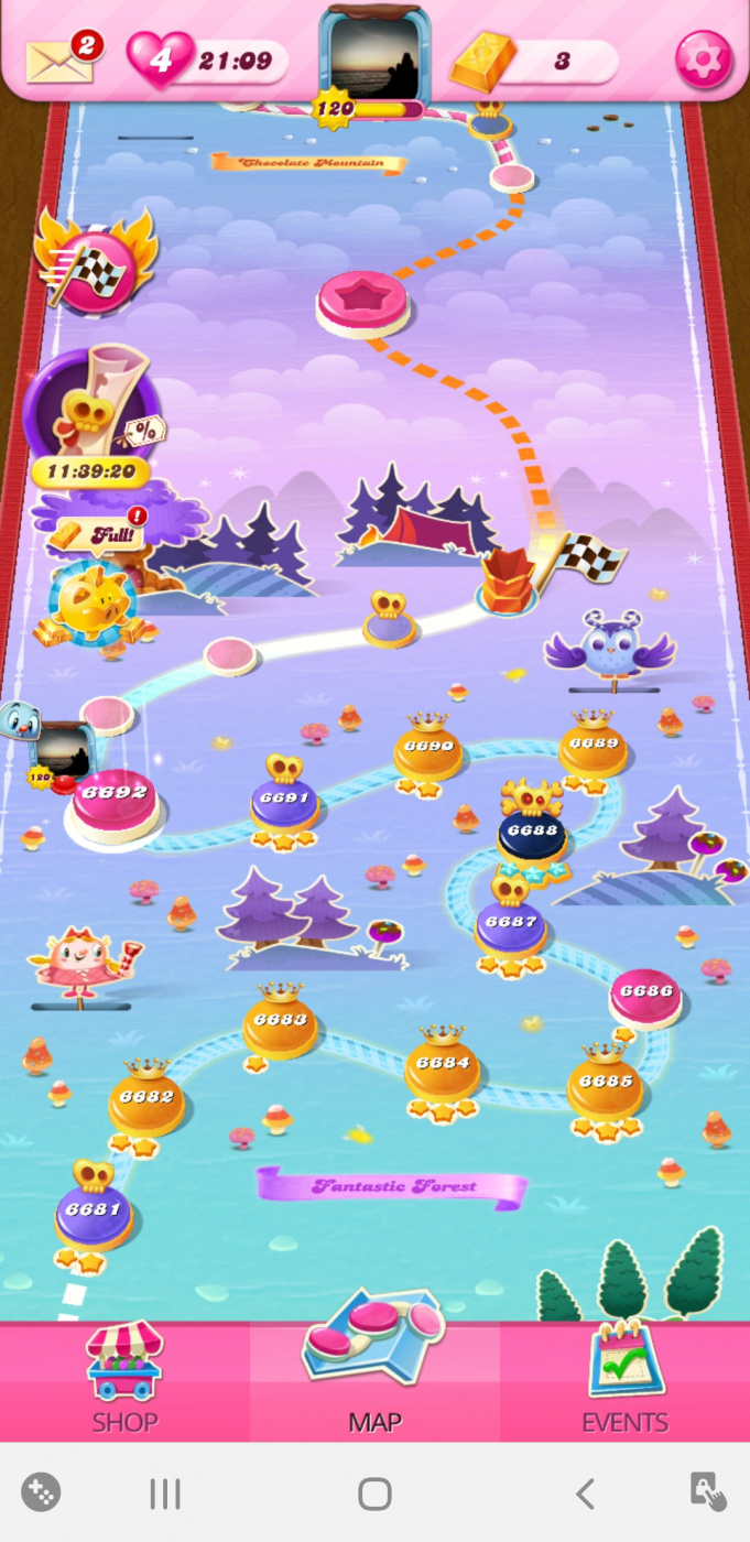 Screenshot_20200526-120025_Candy Crush Saga.jpg