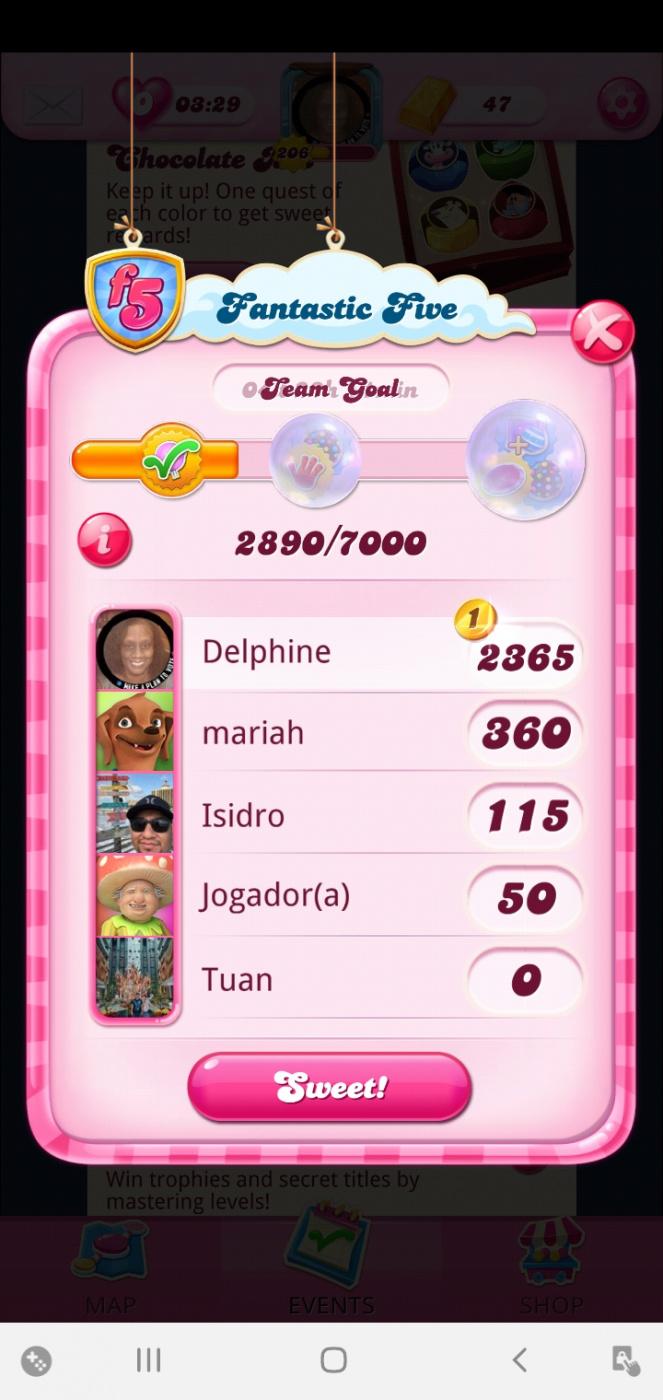 Screenshot_20201121-203104_Candy Crush Saga.jpg