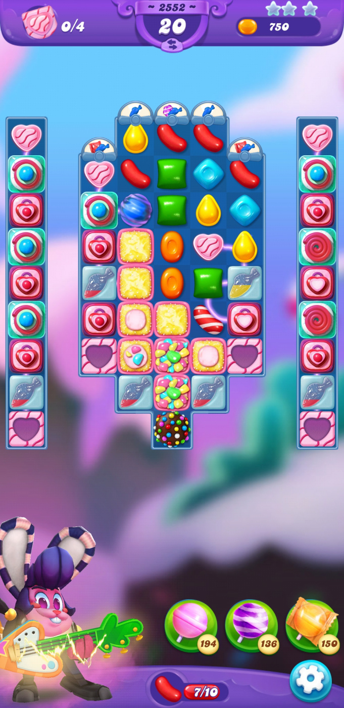 Screenshot_20200704-073756_Candy Crush Friends.jpg