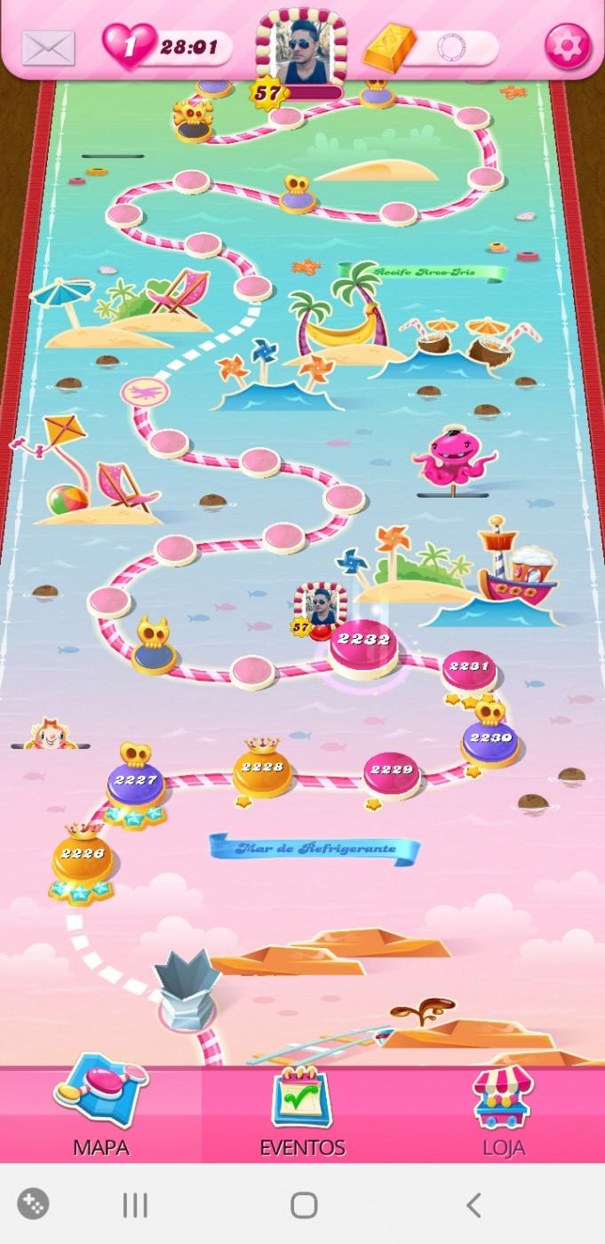 Screenshot_20201005-084519_Candy Crush Saga.jpg