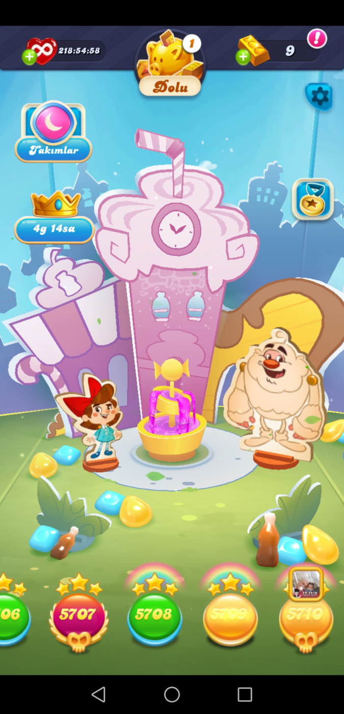 Screenshot_20201022_222935_com.king.candycrushsodasaga.jpg