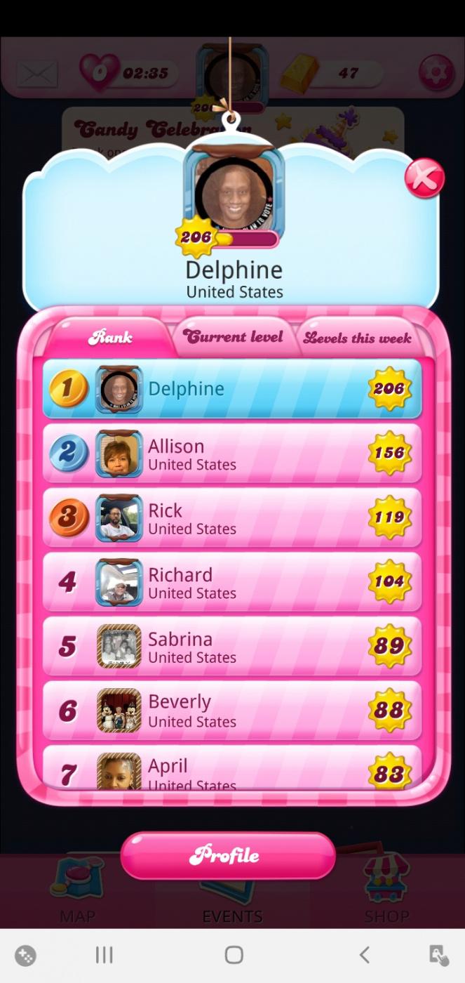 Screenshot_20201121-203158_Candy Crush Saga.jpg