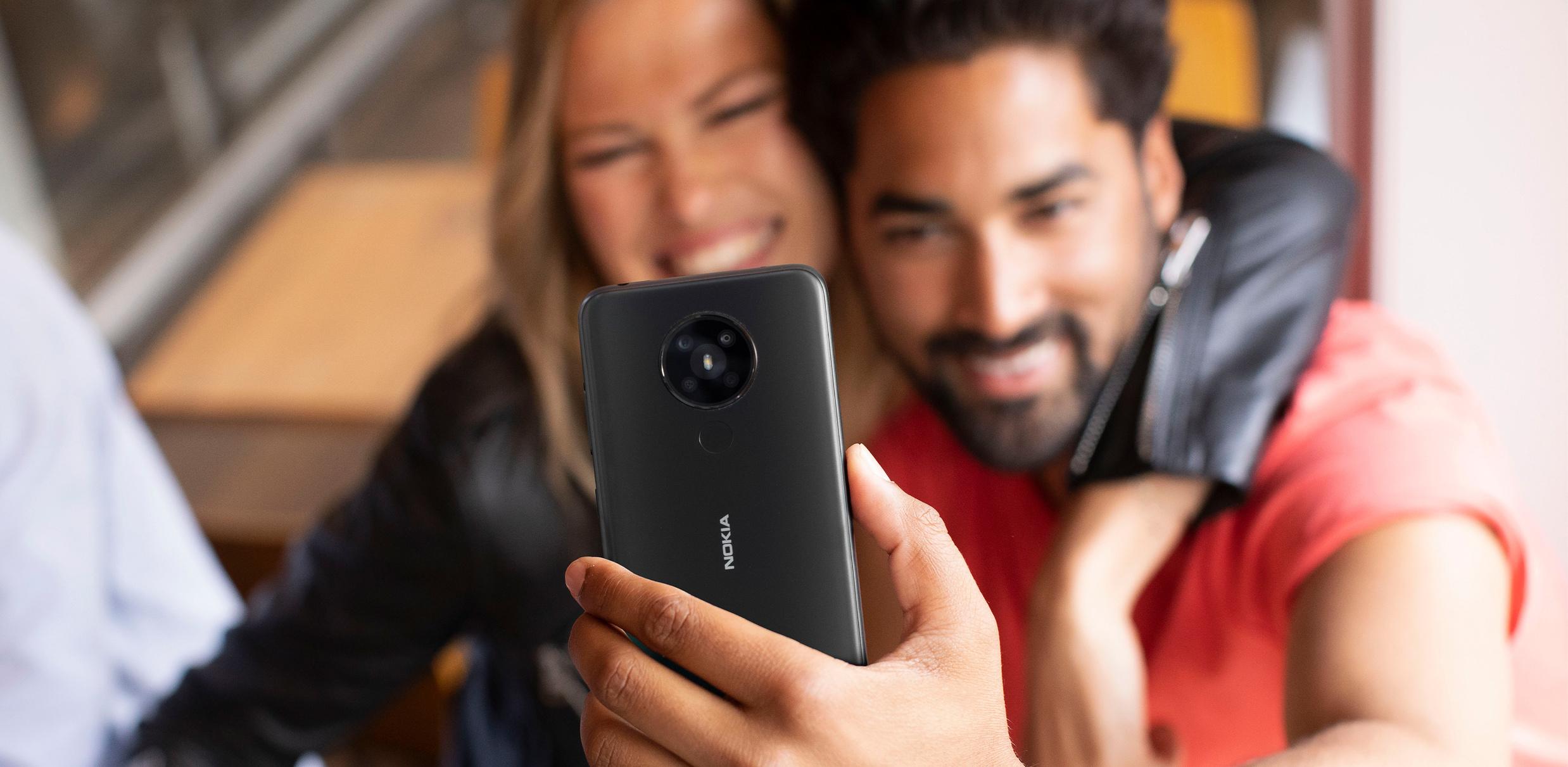 HMD-Amazon_brand-Nokia_5_3-lifestyle-Charcoal.jpg