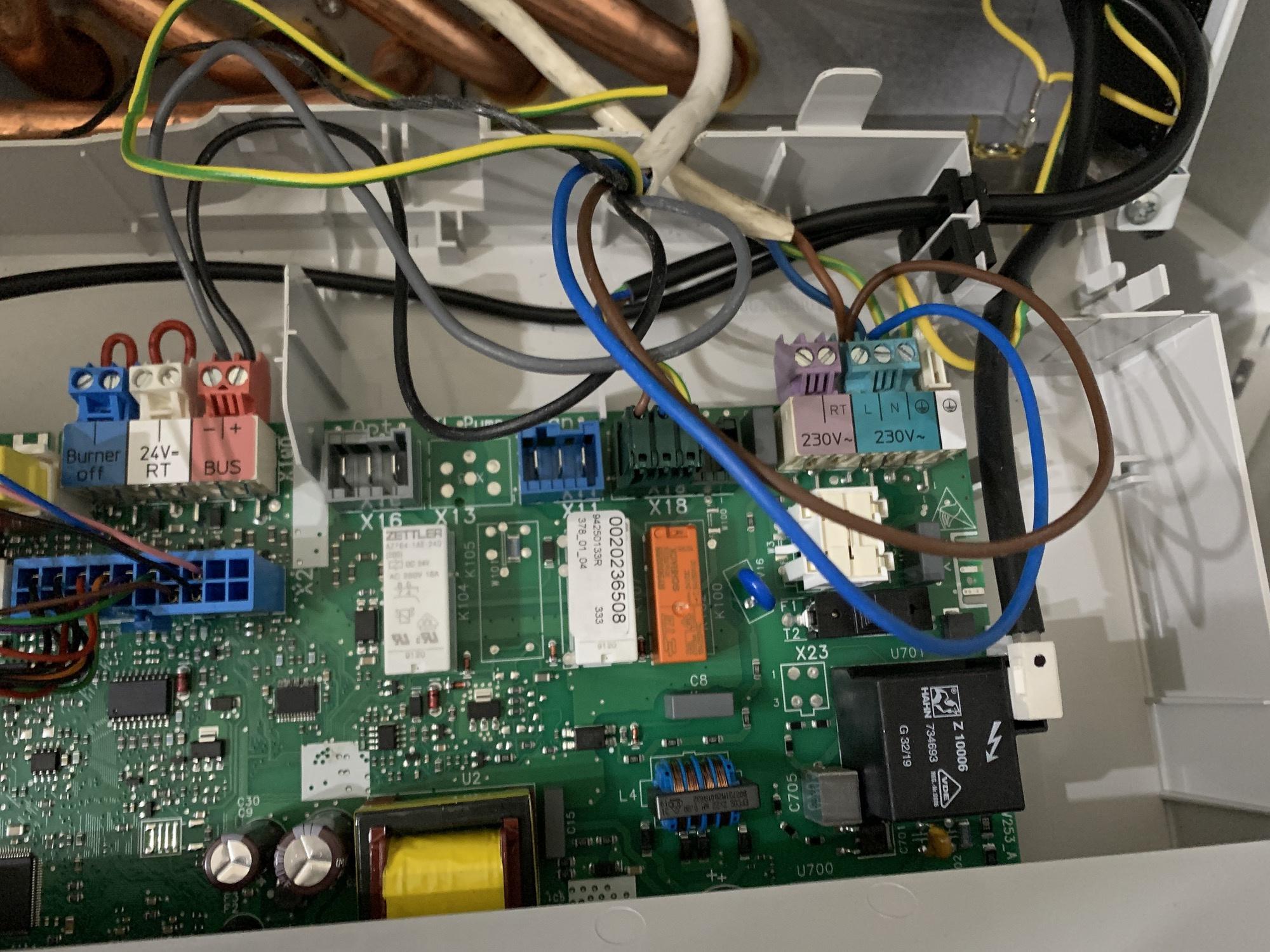 66C6012E-61BC-4714-A089-9DF314868AA7-2000.jpg
