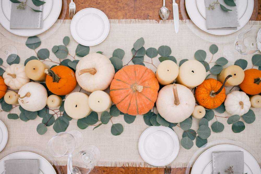 gmg-thanksgiving-table-1003543-2.jpg
