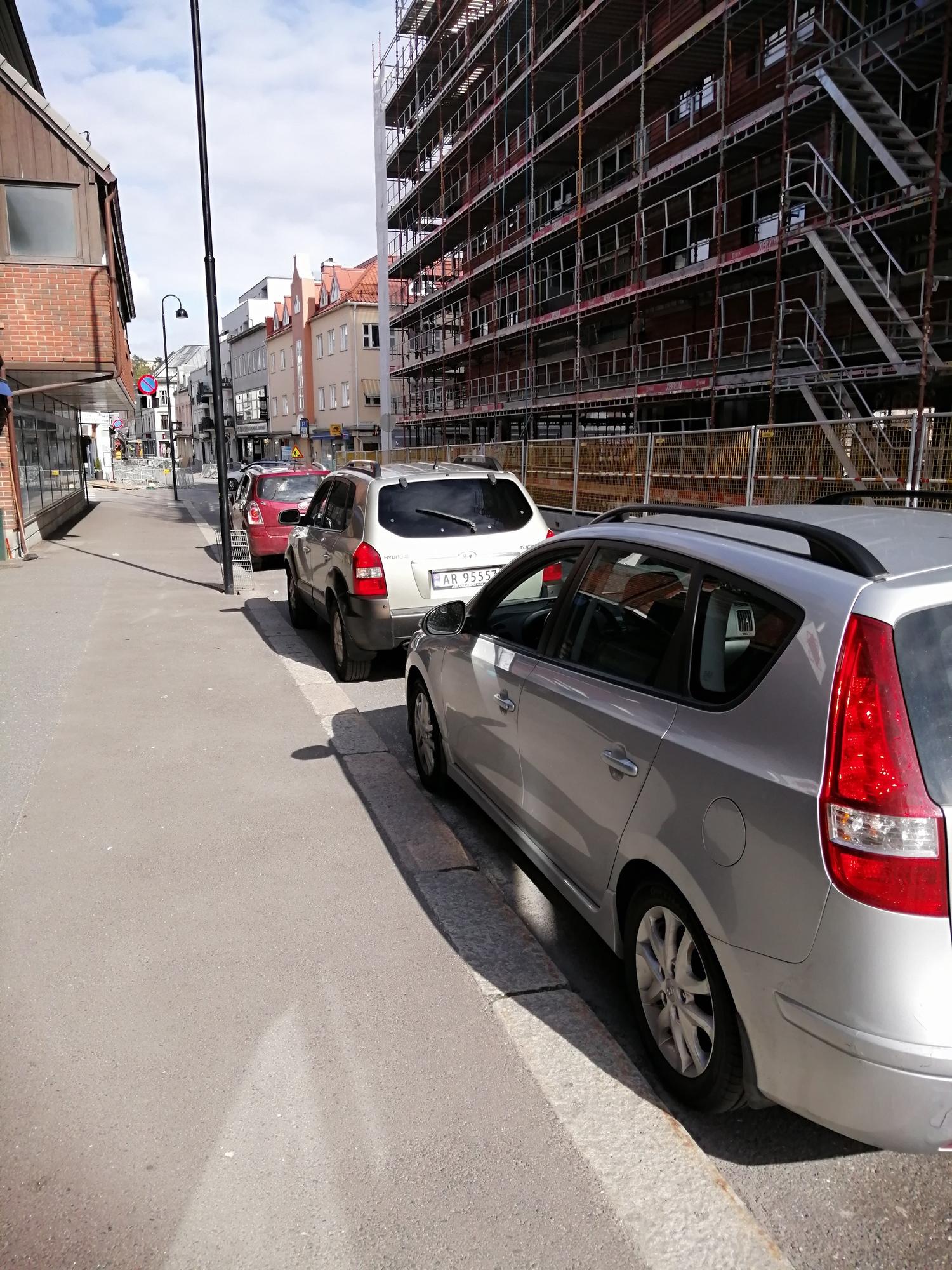 Lille Hay, parkering.jpg