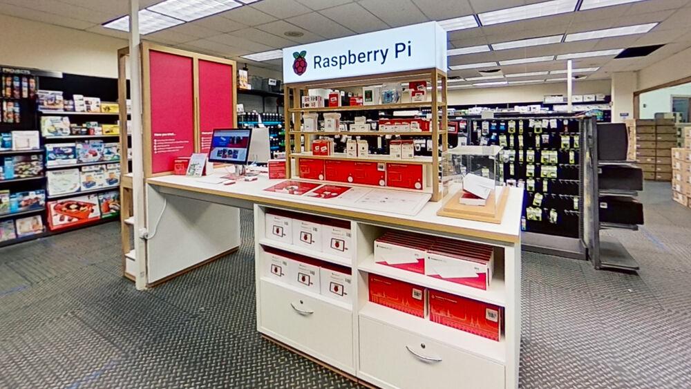 large-Raspberry-Pi-Store-Micro-Center-Dallas-05042021_142725.jpg