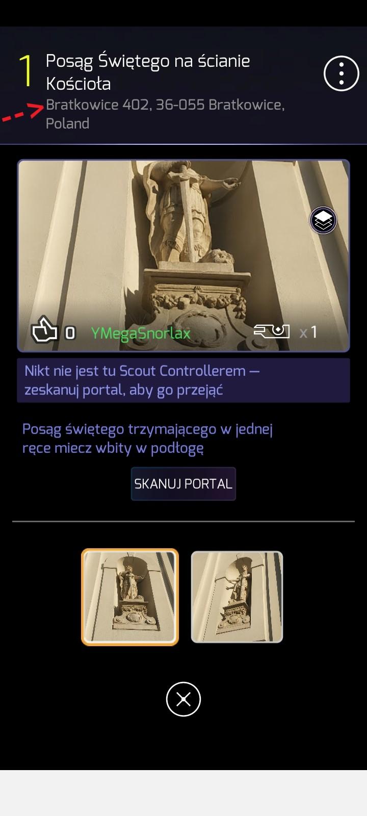 Posąg Świętego na ścianie Kościoła.jpg