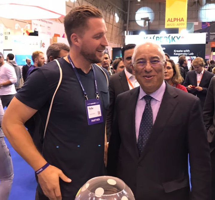 Felix (from the TeamViewer team) and  António Costa