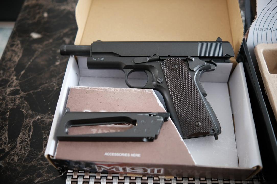 Airsoft Pistols 5.JPG